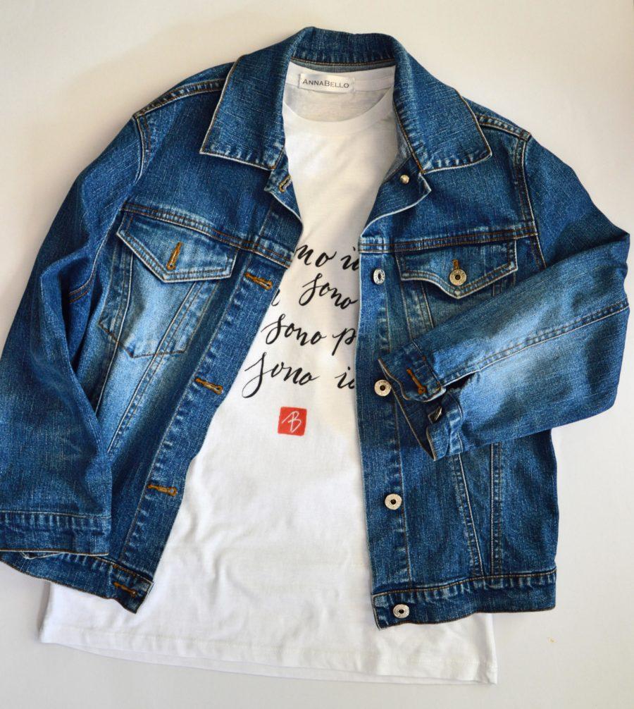 t shirt con stampata-poesia-calligrafia