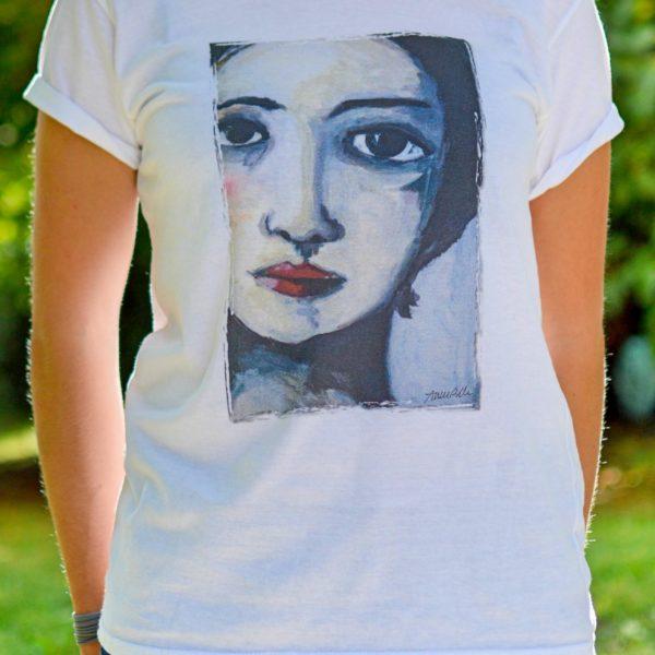 tshirt-volto-di-donna-maglietta