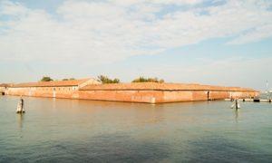 Isola-lazzaretto-vecchio-venezia