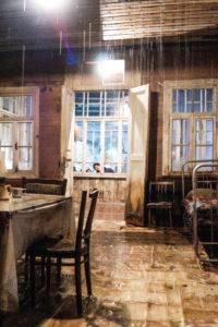 Vajiko-Chachkhiani-georgia-casa-con-pioggia-arsenale
