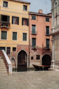 Venezia-è-una-perfetta-combinazione-di-colori-per-le-mie-creazioni