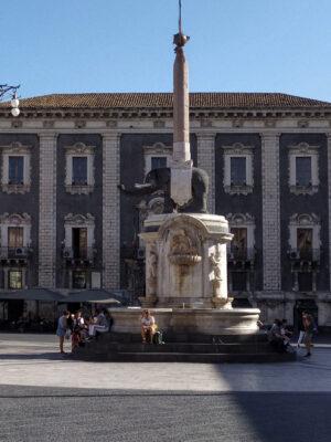 elefantino-in-piazza-duomo-catania